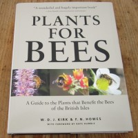 Plants for Bees BOOK 450x600